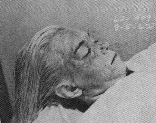 Посмертные фотографии знаменитостей.